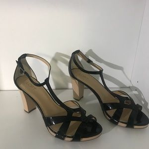 "LOFT black patent sandals w/blonde ""wood"" heel 11"
